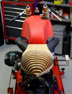 seat_contours