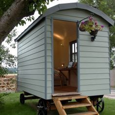 Mobile home Office Hut Images, Writing Corner, Shepherds Hut, English Countryside, Mobile Home, Home Office, Shed, Shabby Chic, Outdoor Structures