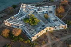 A writer visits the coast of Mozambique, where the ocean holds one of the richest aquatic biological zones on the planet. Star Fort, Life Run, Fortification, Image House, Beautiful Places, Coast, Ocean, Mansions, Amazing Nature