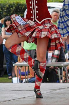Kilt with red jacket from the waist down #longniddry #red #tartan