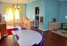 WOW... this is a nice Day Care  Set up...rh #daycarerooms