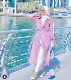 New clothing choices for hijabi girl out there – Just Trendy Girls Modern Hijab Fashion, Hijab Fashion Inspiration, Muslim Fashion, Fancy Dress Design, Skirt Fashion, Fashion Outfits, Hijab Evening Dress, Hijab Style Dress, Egypt Fashion