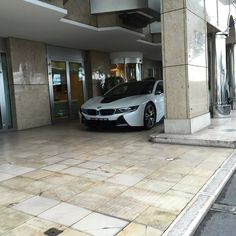 #PortHercule Hiding in the streets of Monaco... #bmw #i8 #electrique #hybrid #supercar #hiding #white #black #cars #lovecars #carporn #caraddict #carshome #carspotting #picoftheday #piceofart #futur #monacocar #monacocars #Monaco #germany #streets #sun #Shmee150 #xdrive #exclusive #exotic #luxury #yachtclub #scs by southcarspotting from #Montecarlo #Monaco
