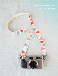 DIY Gifts for Teens - DIY Camera Strap - Cool Ideas for Girls and Boys, Friends and Gift Ideas for Teenagers. Creative Room Decor, Fun Wall Art and Awesome Crafts You Can Make for Presents http://diyprojectsforteens.com/diy-gifts-for-teens