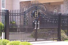 Steel Gate Design, Front Gate Design, Main Gate Design, Door Gate Design, Wrought Iron Driveway Gates, Front Gates, Entrance Gates, Automatic Gate Systems, Driveway Entrance Landscaping
