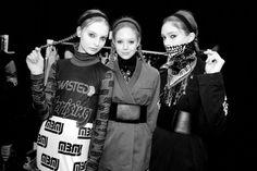 Dasha Gold, Natalie Westling et Sophie Touchet en backstage du défilé Marc by Marc Jacobs automne-hiver 2014-2015 http://www.vogue.fr/mode/inspirations/diaporama/fashion-week-new-york-les-coulisses-automne-hiver-2014-2015-jour-4-fw2014/17516/image/942350#!dasha-gold-natalie-westling-et-sophie-touchet-en-backstage-du-defile-marc-by-marc-jacobs-automne-hiver-2014-2015