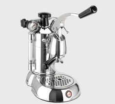 La Pavoni Stradivari Professional espresso and cappuccino machines - 16 cup, wood handle Cappuccino Maker, Espresso Maker, Espresso Cups, Espresso Coffee, Coffee Maker, Coffee Shops, Antonio Stradivari, Home Espresso Machine, Machine Expresso