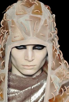 angiome:  melissa tammerijn at rick owens fall winter 2010/11