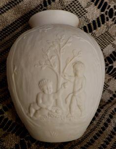 Vintage Lenox Vase_Posey Vase_Cherubs_Lenox by GoldenBeeAntiques Lenox Vase, Vintage Dishes, Wonderful Things, Vintage Shops, Cherubs, Antiques, Thrift, Unique Jewelry, Handmade Gifts