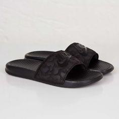 buy online d82a1 08248 Benassi JDI PO QS Nike Benassi, Nike Shoes, Pool Slides, Shoe Box,