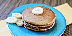 Healthy Whole Wheat Pancakes with Chiquita Bananas recipe via Close Ellison Vanessa Craft Chiquita Banana Recipe, Whole Wheat Pancakes, Healthy Recipes, Delicious Recipes, Healthy Food, Tasty, Yummy Food, Banana Pancakes, Banana Recipes