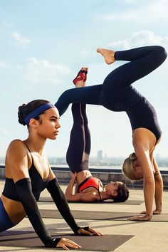 Starting is one thing, but sustaining is another. Build a strong routine with the right gear and a few helpful tips. Explore the latest Nike Women gym, yoga, barre and dance gear in our Style Guide.