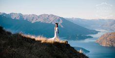 Wanaka mountain wedding - @bweddingsnz . Photography by @alpineimageco.