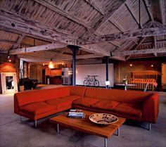 steny bez omietky, stará betónová podlaha #ASB #interior #design #hard #loft Lofts, Couch, Interior Design, Furniture, Home Decor, Photograph Album, Loft Room, Nest Design, Loft
