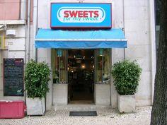 A SWEETS for my sweet - Avenida Guerra Junqueiro http://www.avguerrajunqueiro.com