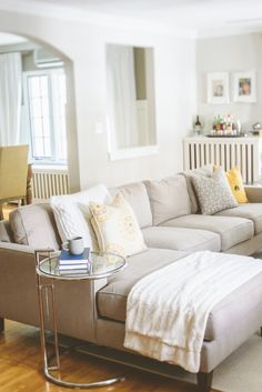 A welcoming living room with a beautiful neutral sofa! My Living Room, Home And Living, Living Room Decor, Living Spaces, Cozy Living, Simple Living, Living Area, Lounge Design, Living Room Inspiration