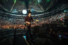 1,037 отметок «Нравится», 84 комментариев — Josiah Van Dien (@josiahvandien) в Instagram: «Seattle was awesome! I got to hang out with one of my best friends from high school who I haven't…»