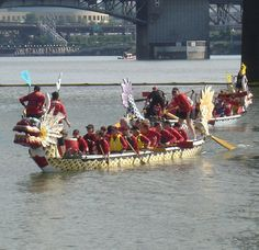 dragon boat races at the rose festival time in portland oregon