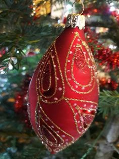 Christbaum Schmuck rot Gold Christen, Christmas Bulbs, Holiday Decor, Home Decor, Trees, Red, Jewlery, Homemade Home Decor, Christmas Light Bulbs