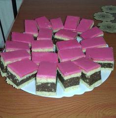 Ki ne ismerné a rózsaszín mázzal borított puncsszeletet? Így lesz tökéletes - Egyszerű Gyors Receptek Izu, Decoupage, Food And Drink, Cake, Animals, Kuchen, Hungary, Animales, Animaux