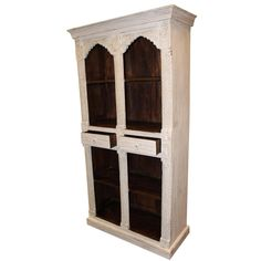 A wonderful white indian style arch bookcase crafted from teak wood and finished in an antique white paint. This piece is perfect for displaying your favourite sets Tall Bookshelves, Bookcases For Sale, Bookcase Shelves, Vintage Bookshelf, Antique Bookcase, Lush, Traditional Bookcases, Antique White Paints, Rustic Kitchen Cabinets