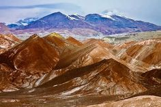 #ExpediaThePlanetD when in Teheran I'd spend a day or two hiking in the nearby mountains
