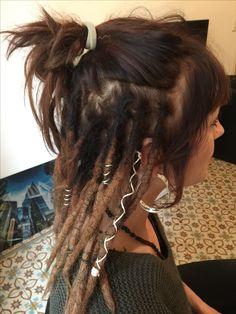 - # Be Sylish ~ Crossover Mix - Cabelo Rasta Dreads, Dreadlock Rasta, Dreadlocks Girl, Dreadlock Styles, Dreadlock Extensions, Dreadlock Hairstyles, Messy Hairstyles, Hair Inspo, Hair Inspiration