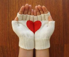 'heart in hands' fingerless gloves.