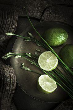 citrons vert matières brutes rough Plus d'images sur: www.tempsdepose-photo.fr