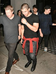 Our favourite Jonas arms totally belong to Nick <3