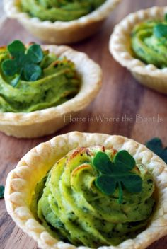 I'm not Irish but I'm happy to celebrate St. Patrick's Day with The Wearing of the Green. . .on potatoes. . . . . .with Spinach Pesto~ and a little fun with Spinach 4-Leaf Clovers~I'm not lucky whe...
