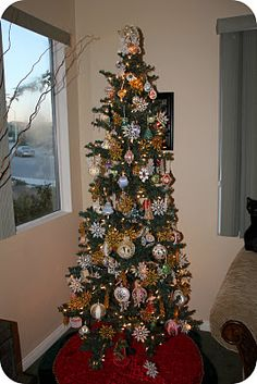 Jewel Tree!  GORGEOUS!  Make it a holiday tradition.  Make one each year and watch your tree grow more elaborate throughout the years...    My Online Best Friend