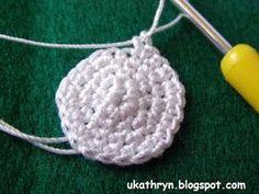 U Kathryn : Szydełkowy anioł (wzór)/Crochet angel pattern Crochet Angel Pattern, Crochet Angels, Decor Crafts, Christmas Crafts, Christmas Decorations, Christmas Crochet Patterns, Mittens, Crochet Earrings, Ornaments
