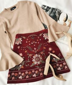 Love this outfit combo #casualskirtwinter