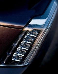 2015 Cadillac Escalade Headlight detail