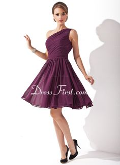 A-Lijn/Prinses Een-Schouder Knielengte Chiffon Bruidsmeisjes Jurk met Roes (007000918) - DressFirst