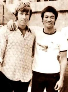 Chuck Norris and Bruce Lee. Chuck Norris and Bruce Lee. You can find Chuck norris and more on our website.Chuck Norris and Bruce Lee. Chuck Norris and Bruce Lee. Bruce Lee Chuck Norris, Jimi Hendrix, Iconic Photos, Rare Photos, Rare Images, Rare Pictures, Beautiful Pictures, Funny Emails, Fantasy Movies