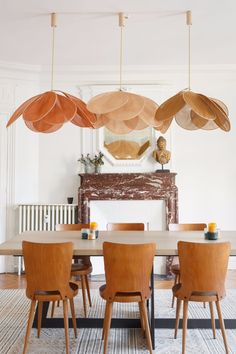 Eating room decor inspirations for a contemporary and stylish room Home Design, Interior Design, Design Design, Design Ideas, Diy Casa, Dining Room Inspiration, Lamp Inspiration, Mid Century Modern Furniture, Modern Room