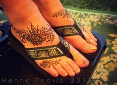 mehendi style henna feet by Henna Trails, via Flickr