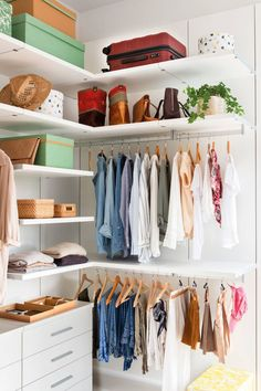 13 Creative Ways To Create a Wardrobe With Low Budget Corner closet in a white room Corner Closet, Tiny Closet, Closet Bedroom, Bedroom Decor, White Closet, Small Closets, Bedroom Storage, Diy Wardrobe, Wardrobe Design