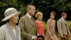 Family: Lady Edith planned to move to London at the start of the episode, before reuniting with Bertie. Downton Abbey Episodes, Watch Downton Abbey, Downton Abbey Season 6, The Toff, Tommy Cooper, Julian Fellowes, Auld Lang Syne, Maggie Smith, Lady Mary
