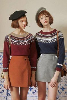 Retro geometric sweater in 2019 Southern Outfits, Preppy Outfits, Girly Outfits, Preppy Style, Fashion Outfits, Retro Fashion 60s, Vintage Fashion, Poses, Outfit Vintage