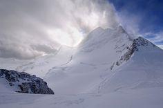best Ski destinations, Chamonix, Cortina D'Ampezzo, France, Italy, Jungfrau, Ski destinations in Europe, Switzerland