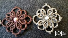 Tutorial frivolity: flower with two rows of split ring .... Stepwise Pictorial, with instructions . Great !
