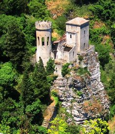 Torretta Pepoli - Erice - Sicily - Italy, By Creative Commons Attribution-Share Alike 3.0 Unported
