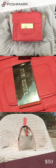 Steve Madden cross body bag Coral and grey cross body bag . Gold detailing.  Length 7.67in x width 5.5 in x height 8 in.  Brand new with tags Steve Madden Bags Crossbody Bags