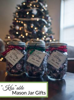 Easy to put together mason jar gifts for friends, neighbors, and family! Christmas themed with Hershey's kisses tucked away inside for a chocolately afternoon treat.