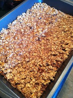 Fabulously Fit and Fearless: Homemade Chocolate Protein Bars Healthy Foods To Eat, Healthy Treats, Yummy Treats, Sweet Treats, Yummy Food, Tasty, Healthy Eating, Snack Recipes, Dessert Recipes