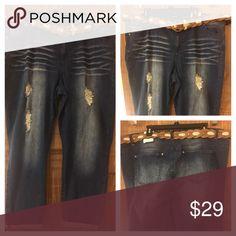 117beca40b5 Women s 24W Distressed NWT Dark Wash Jeans skinny 24W women s Plus Size  Denim Jeans. Distressed