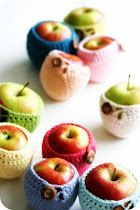 and why do apples need cozies? ;D